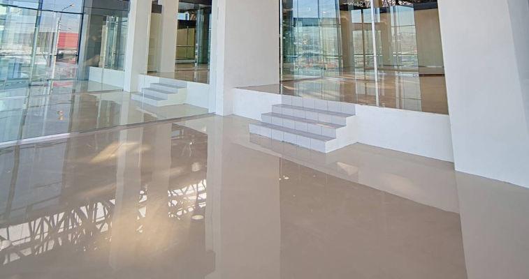 Glossy flooring