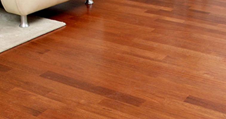 brown wooden floor in a livingroom vestanat